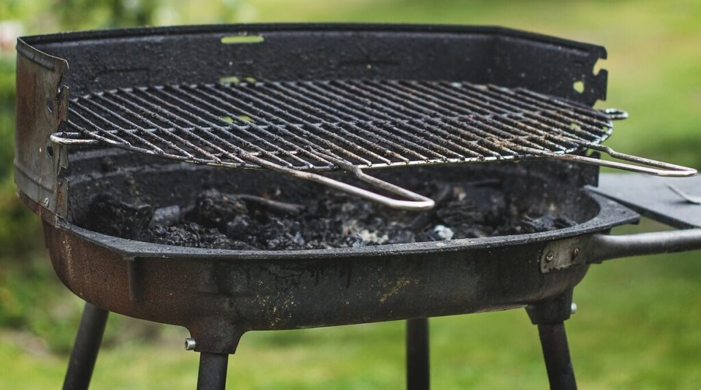 How to remove rust from cast iron grill grates